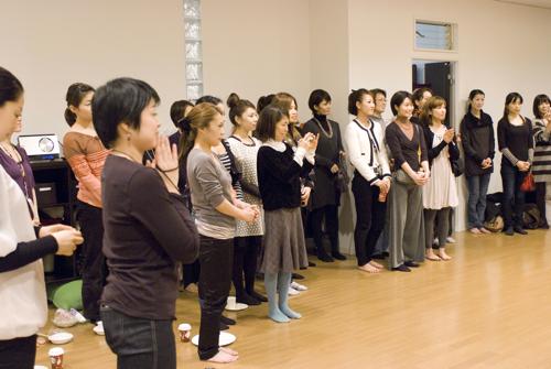 ISHTA YOGA TEACHER マック久美子からのメッセージ-reunion party