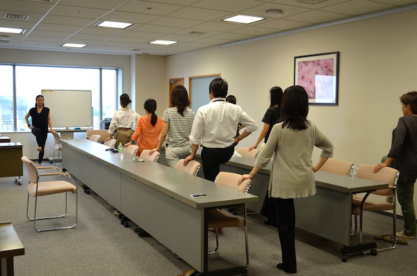 "MasterCard Japan ""Office Yoga"" Class"